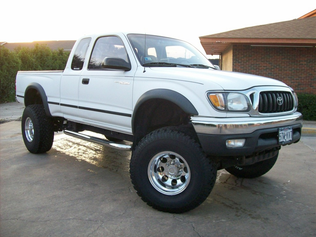 offbeat 2001 toyota tacoma xtra cab specs photos modification info at cardomain. Black Bedroom Furniture Sets. Home Design Ideas