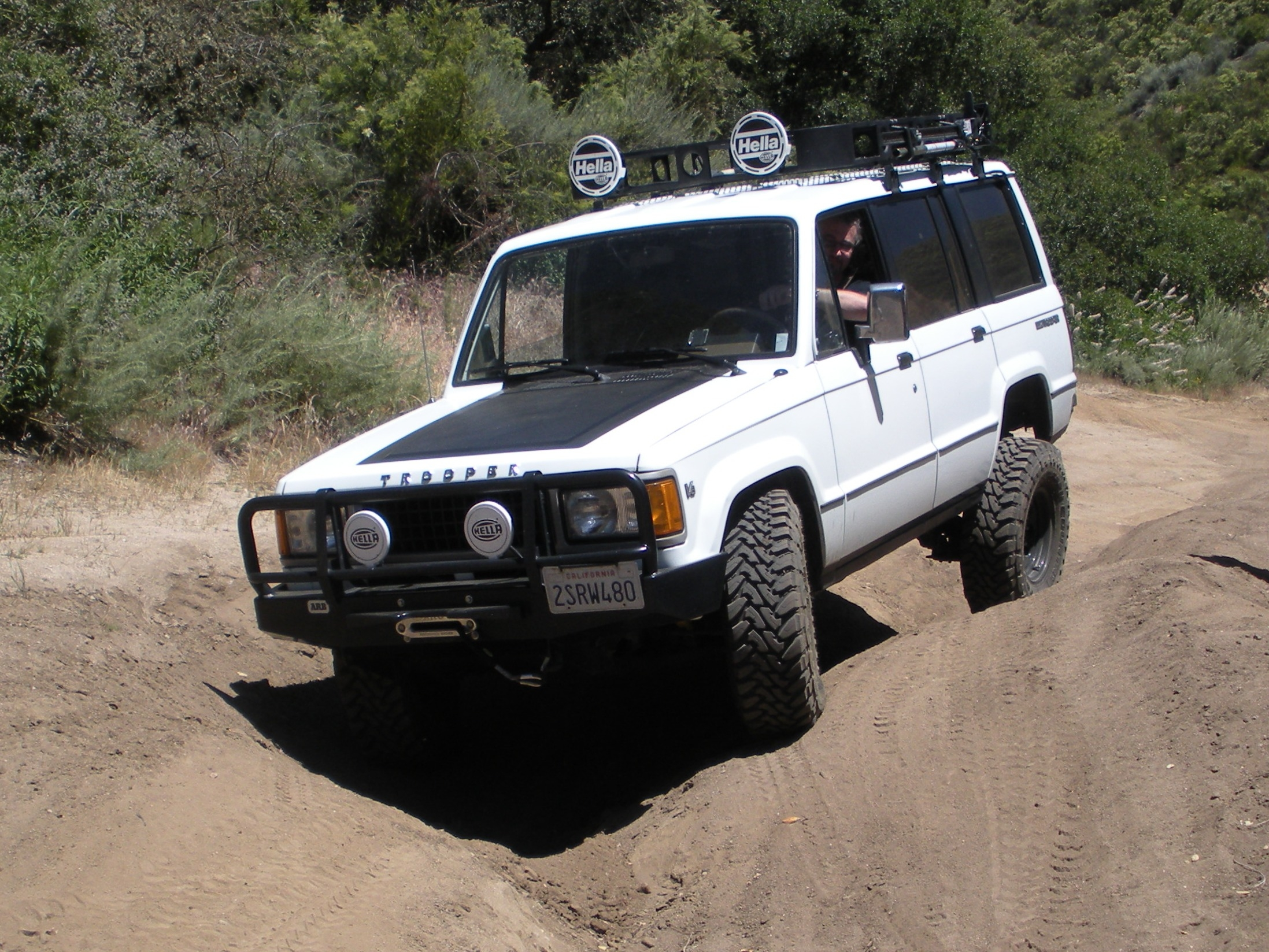 livextralarge 1990 Isuzu Trooper Specs, Photos, Modification Info at