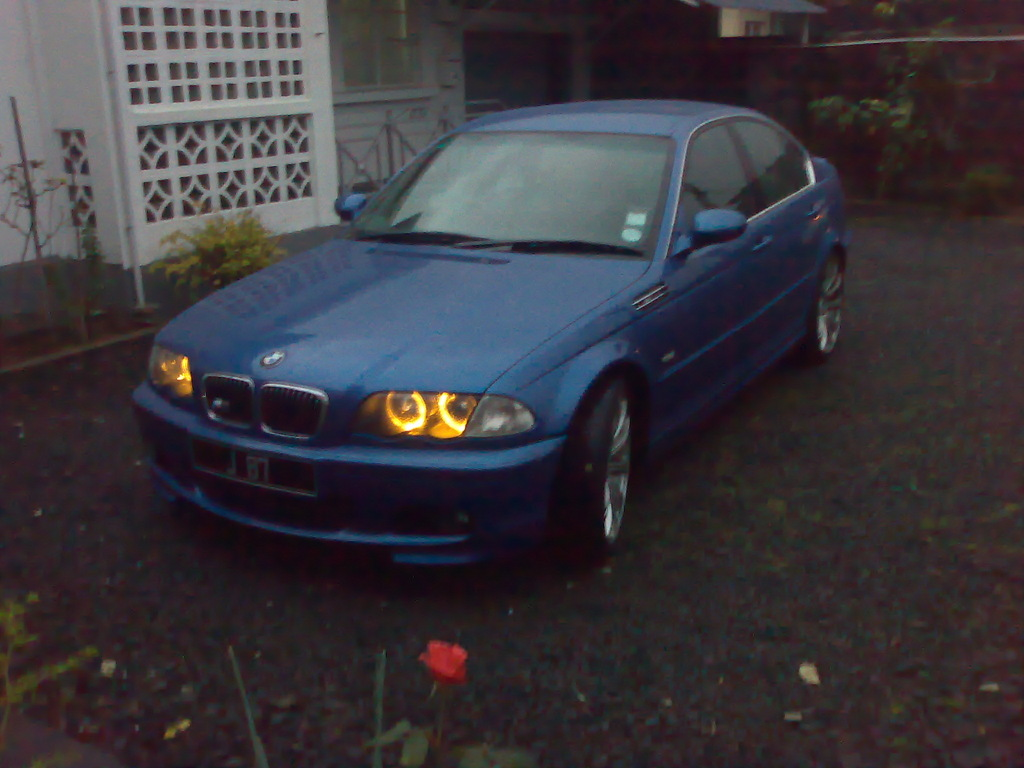 Reekesh's 2000 BMW 3 Series