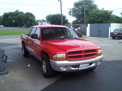 Thunder_Hokie 2000 Dodge Dakota Quad Cab 13670808