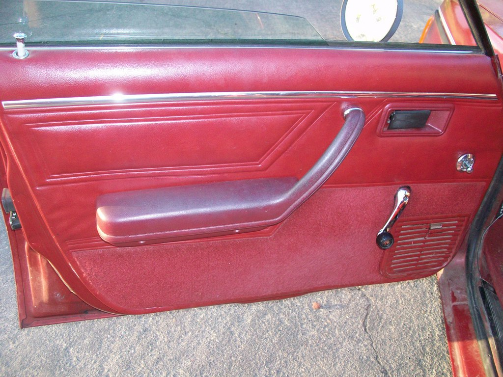 Another longhorns32 1989 Dodge Omni America post... - 13694067