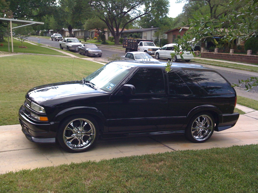 Aocaudio 2001 Chevrolet S10 Blazer Specs  Photos
