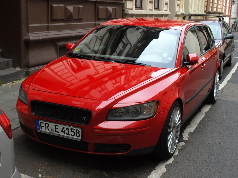 Red Ford Fusion >> crossie 2005 Volvo V50's Photo Gallery at CarDomain