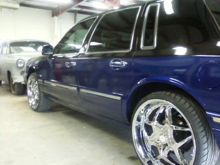 Another Dynamitecustoms 1997 Lincoln Town Car Post Photo 13689483