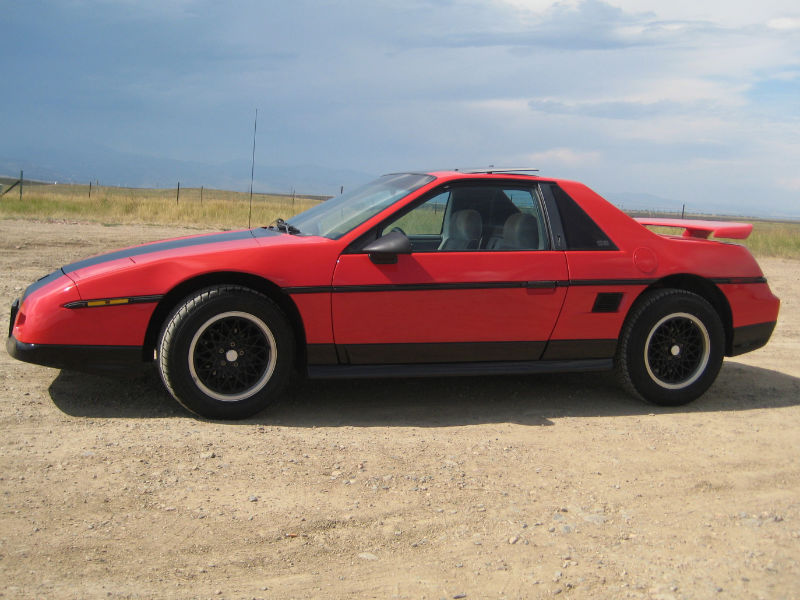 Another jaXed 1986 Pontiac Fiero post... - 13694011