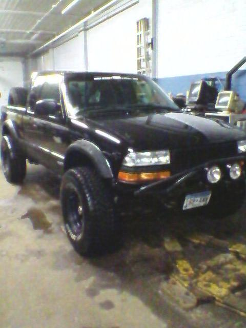 Another Zr2-MikeThomas 2000 Chevrolet S10 Extended Cab post... - 3583912