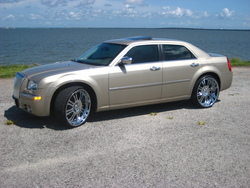 djdvs73s 2009 Chrysler 300