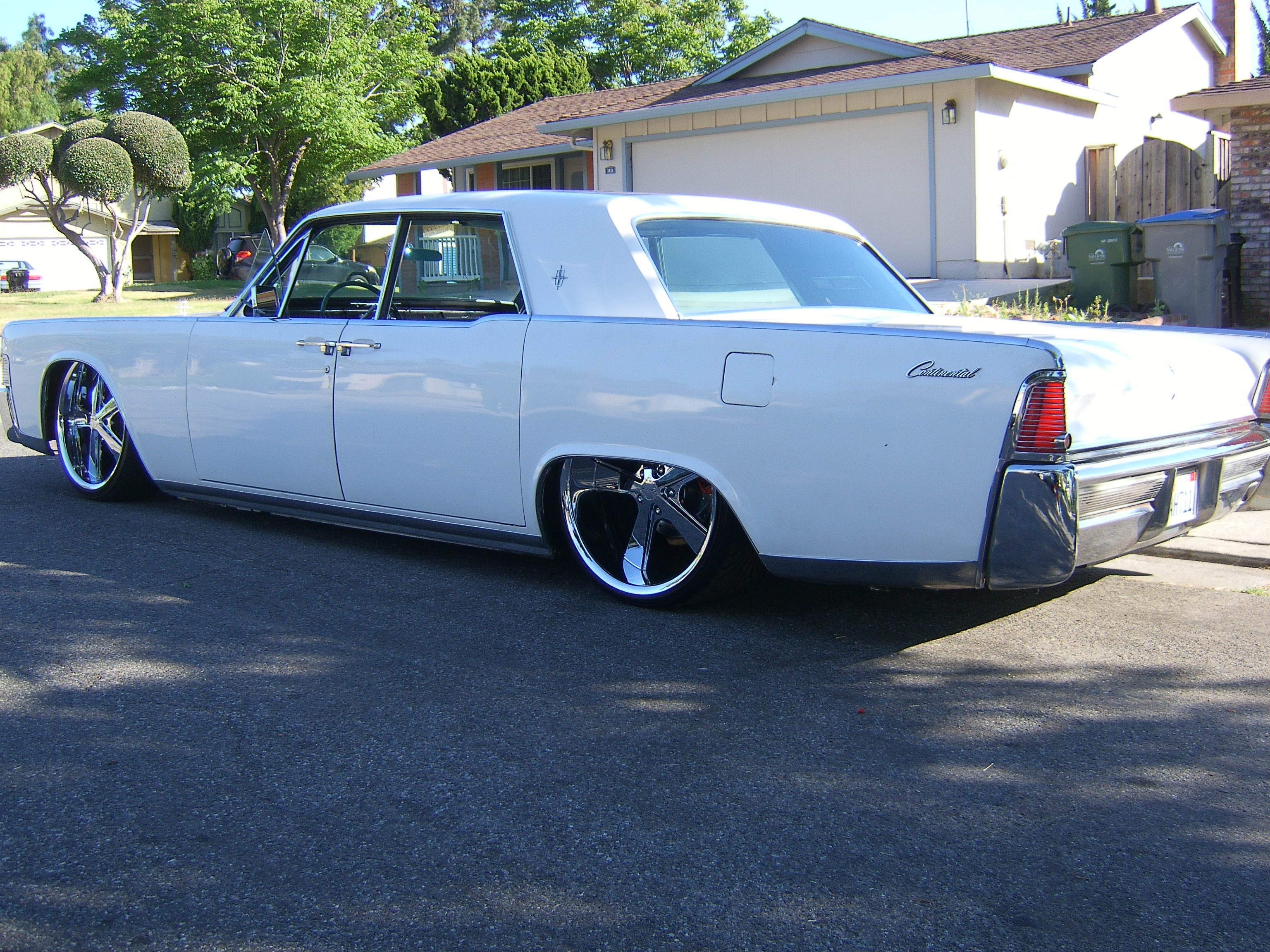 Onefasthorse89 1965 Lincoln Continental Specs Photos Modification Info At Cardomain