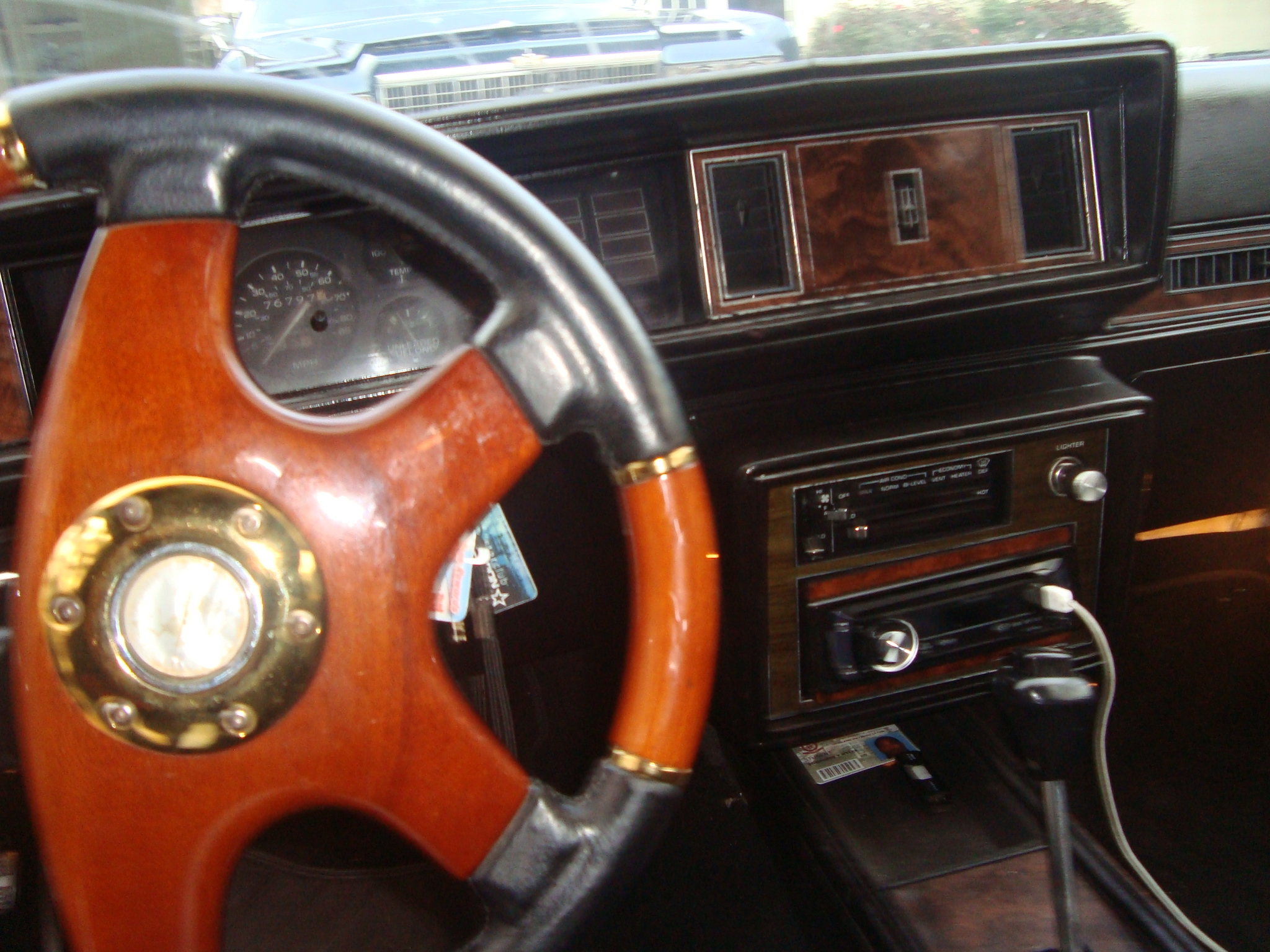 Another a-diferent-cloth 1985 Oldsmobile Cutlass Supreme post... - 13722160