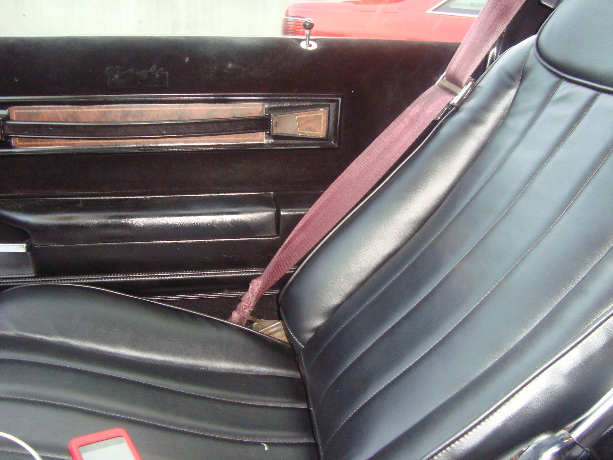 Another a-diferent-cloth 1985 Oldsmobile Cutlass Supreme post... - 13722162