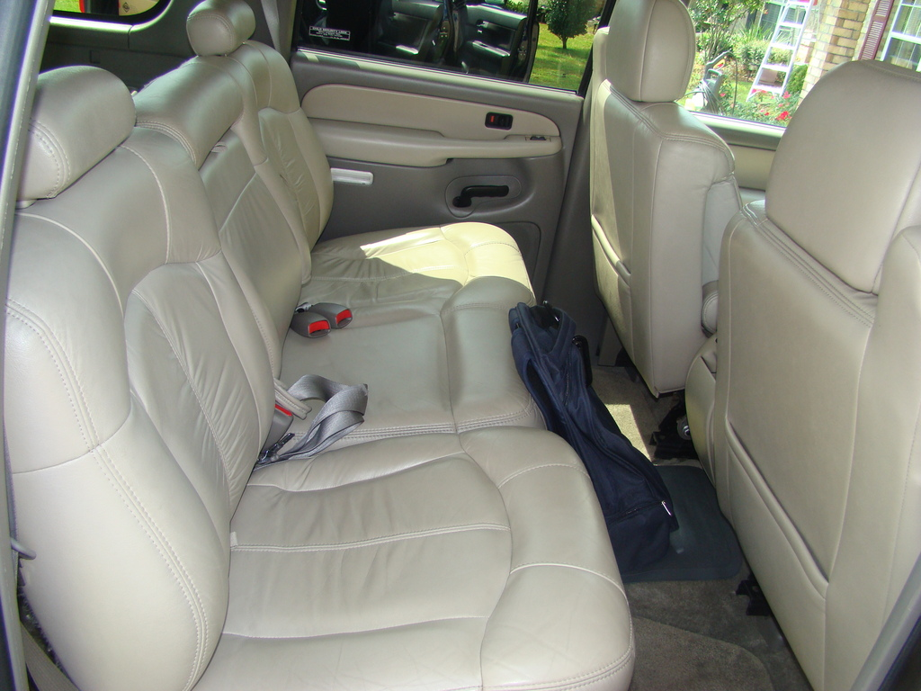 Another 327537 2000 Chevrolet Suburban 1500 post... - 13721709