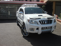 Rondell69 2008 Toyota HiLux