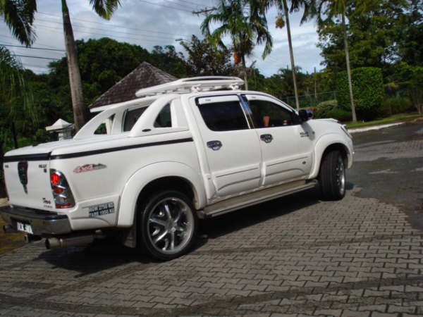Rondell69 2008 Toyota HiLux 13430497