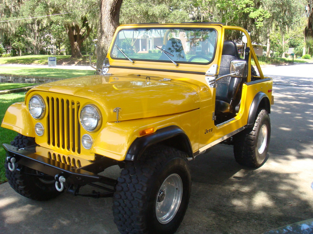 Large on Cj7 Flat Fenders