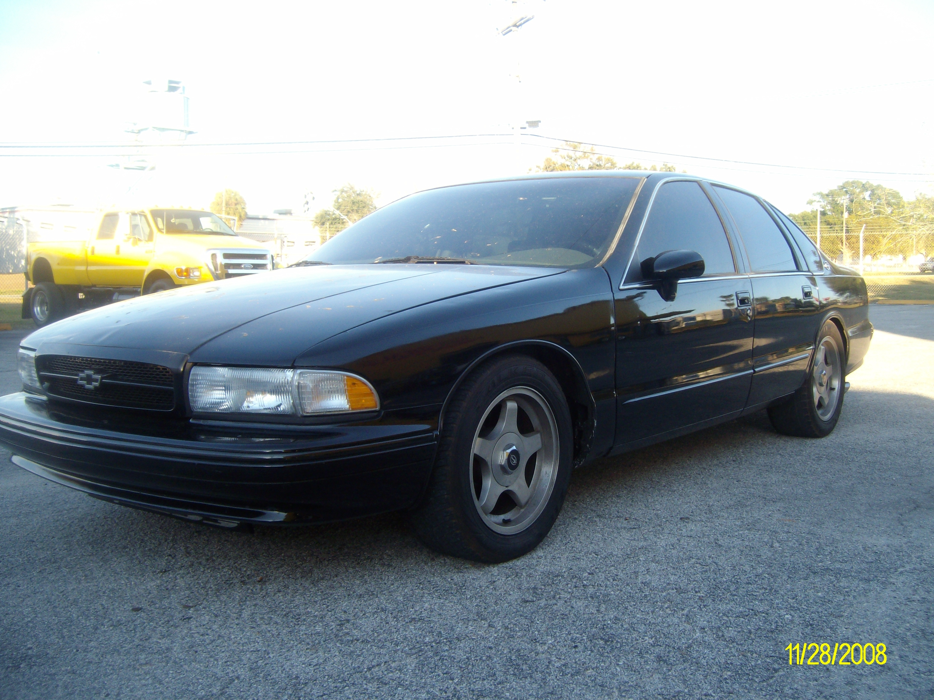 Another crisz 1995 Chevrolet Impala post... - 13725089