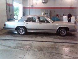 Domoholmess 1989 Mercury Grand Marquis