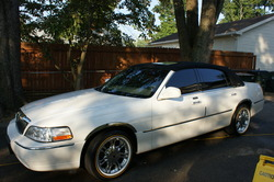 flastylezs 2003 Lincoln Town Car