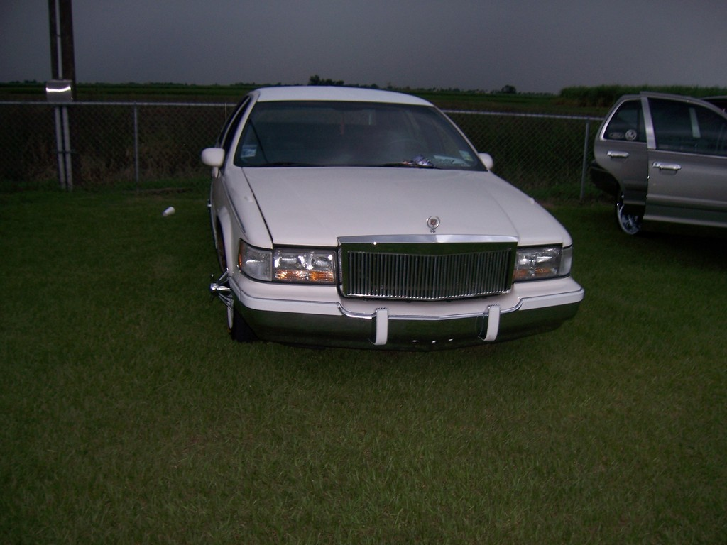 Another mite5150 1993 Cadillac Fleetwood post... - 13737011