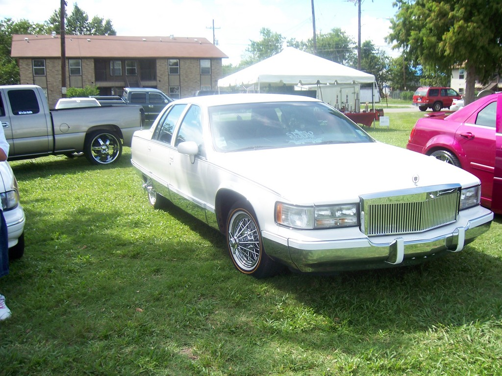Another mite5150 1993 Cadillac Fleetwood post... - 13737012