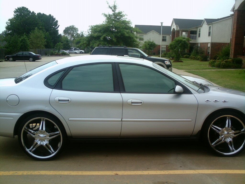 22s On A Taurus Taurus Car Club Of America Ford Taurus