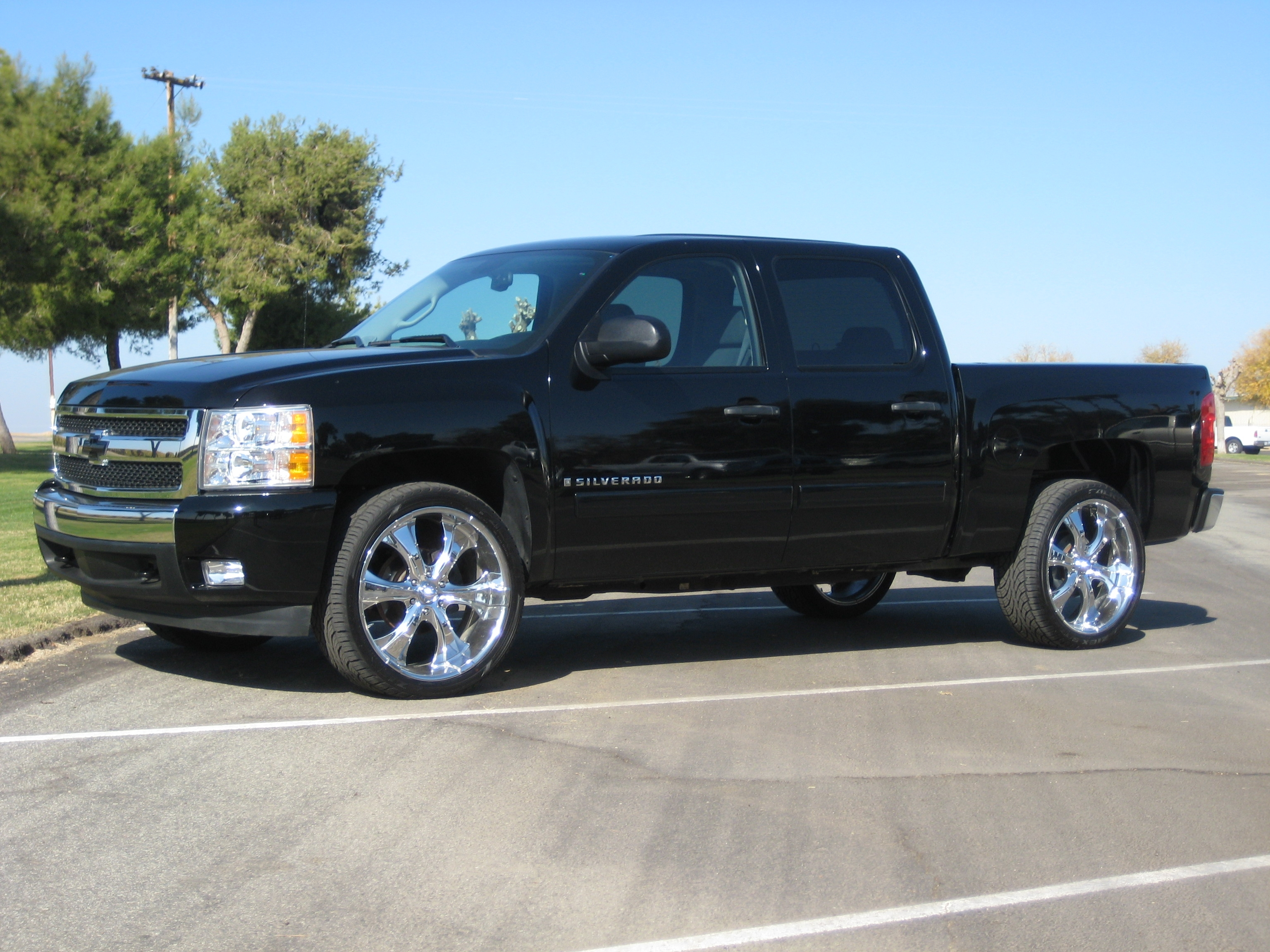 bigwood49 2008 Chevrolet Silverado 1500 Crew Cab Specs, Photos