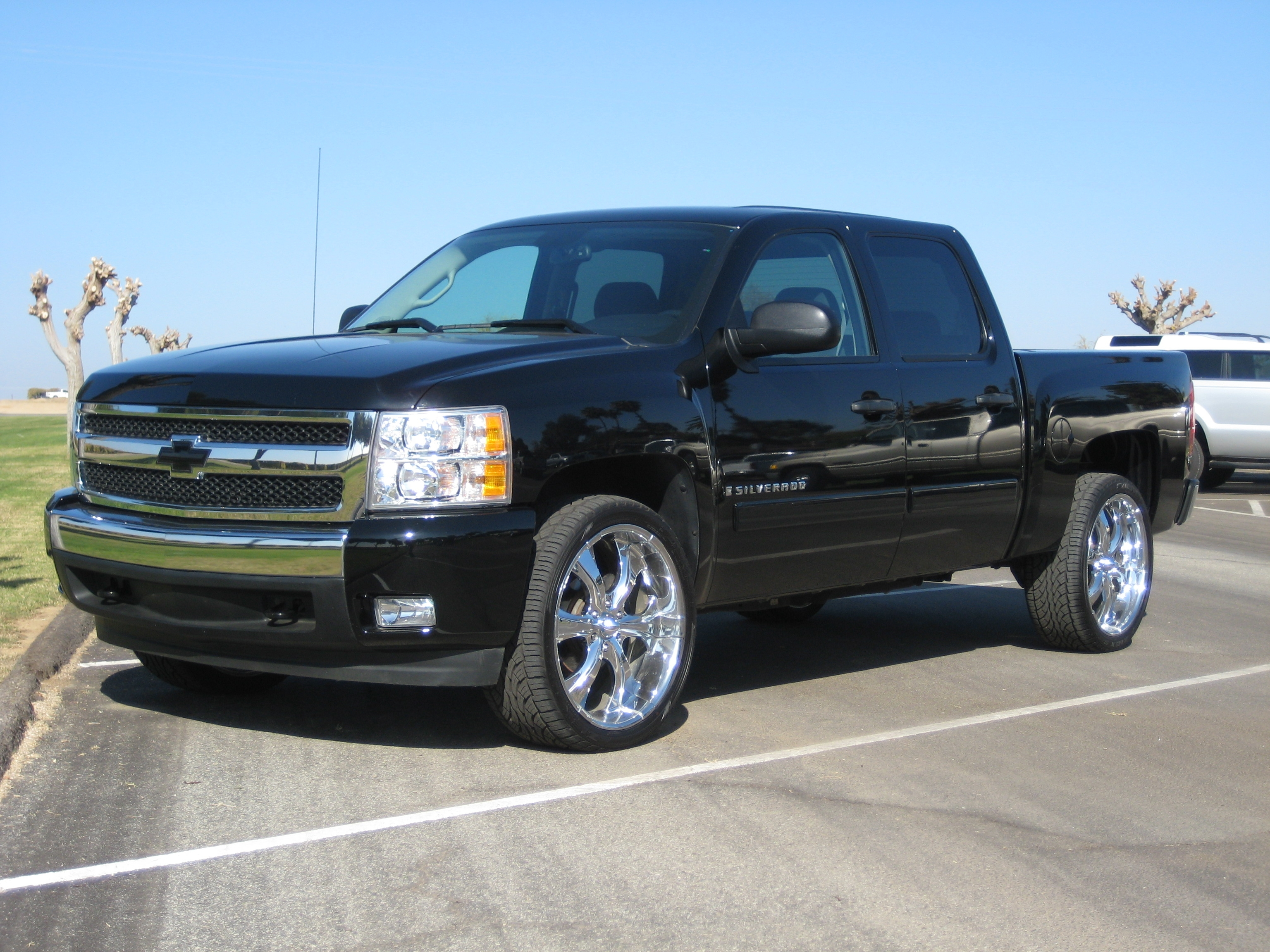 bigwood49 2008 chevrolet silverado 1500 crew cab specs photos modification info at cardomain. Black Bedroom Furniture Sets. Home Design Ideas