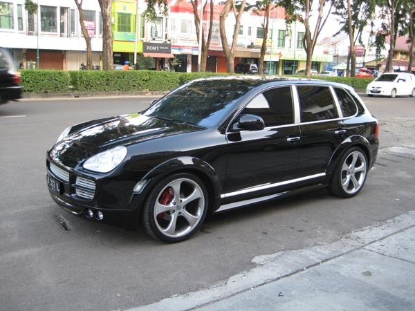wishnutama 2007 porsche cayenne specs photos modification info at cardomain. Black Bedroom Furniture Sets. Home Design Ideas