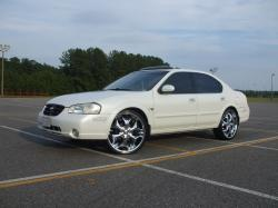 rell1924s 2001 Nissan Maxima