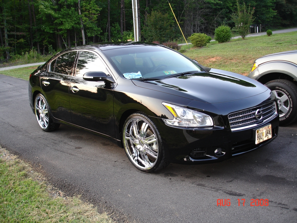 tj2331 39 s 2009 nissan maxima in martinsville va. Black Bedroom Furniture Sets. Home Design Ideas