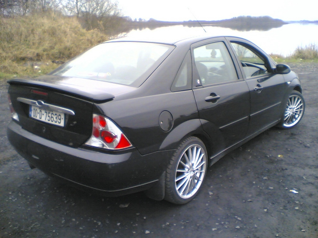 Another davidreilly1 2000 Ford Focus post... - 13752133