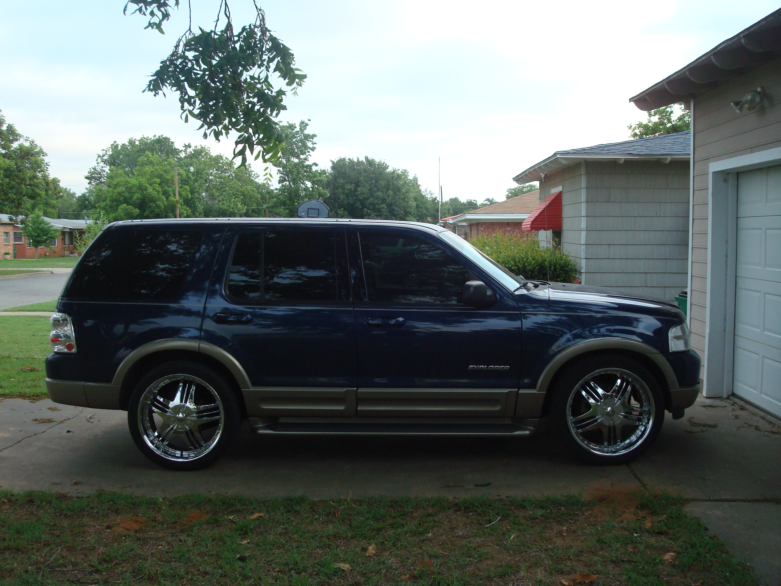Another mexicanfreddurst 2004 Ford Explorer post... - 13753983
