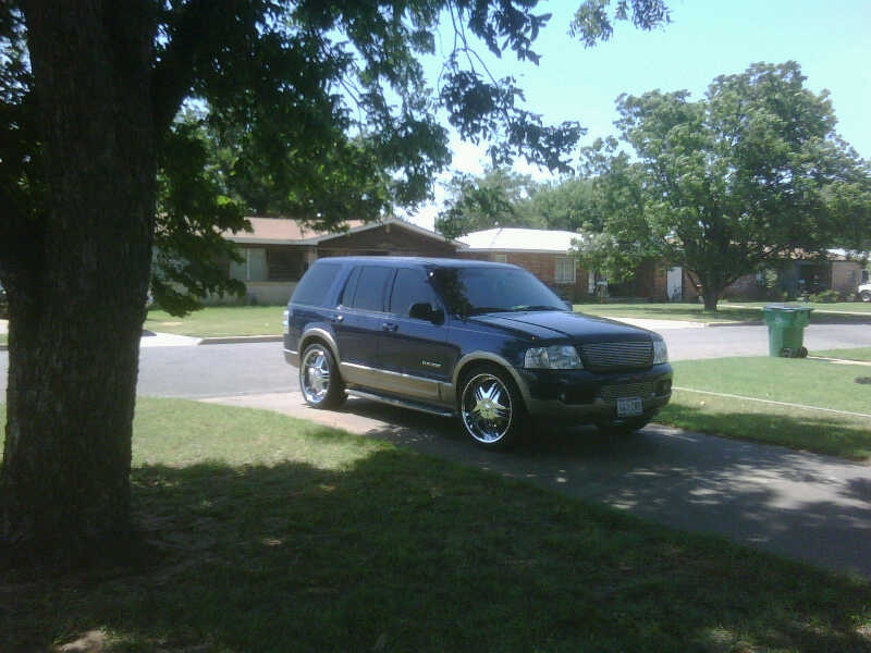 mexicanfreddurst 2004 Ford Explorer