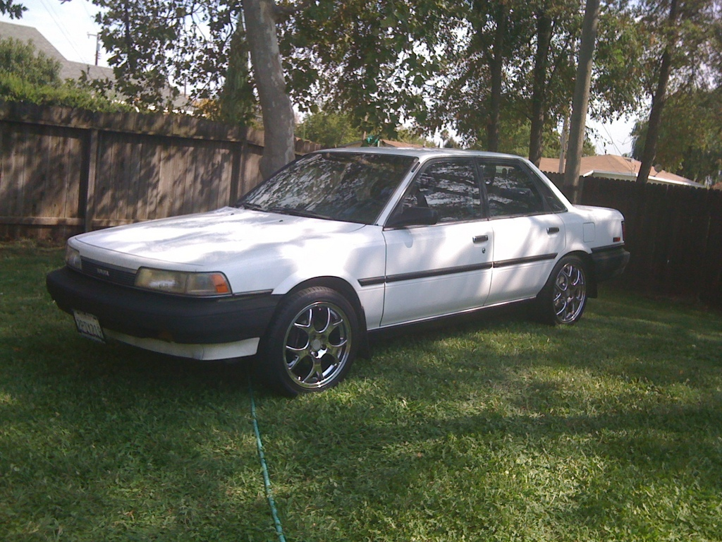 Another maliibu 1989 Toyota Camry post... - 13755409