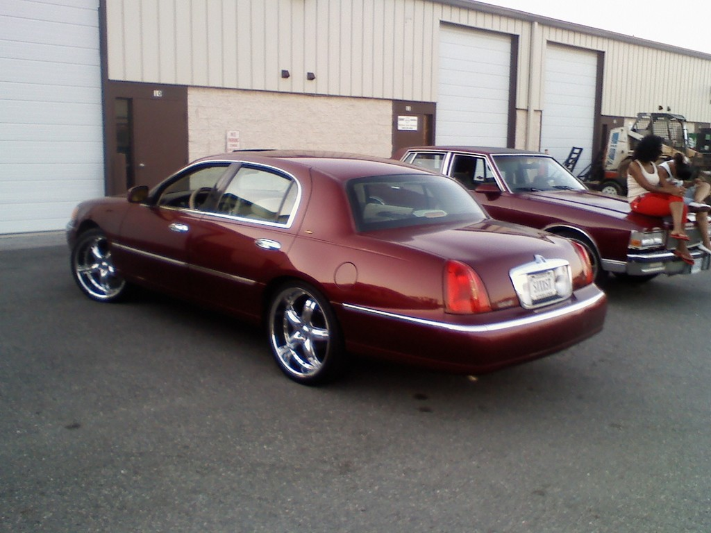 Another bigi1970 1998 Lincoln Town Car post... - 13761895