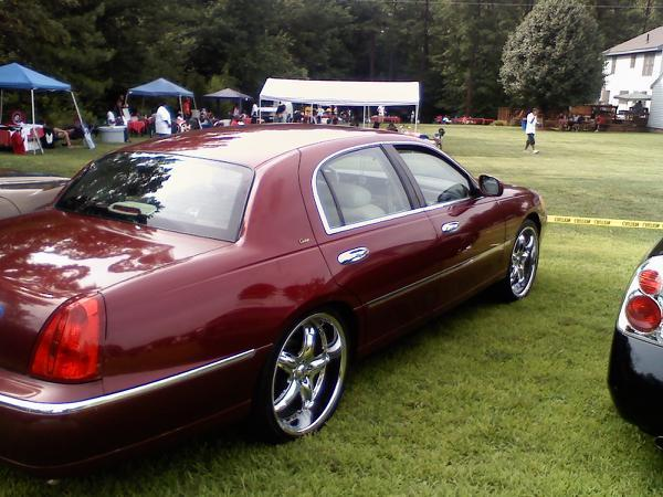 Another bigi1970 1998 Lincoln Town Car post... - 13761896