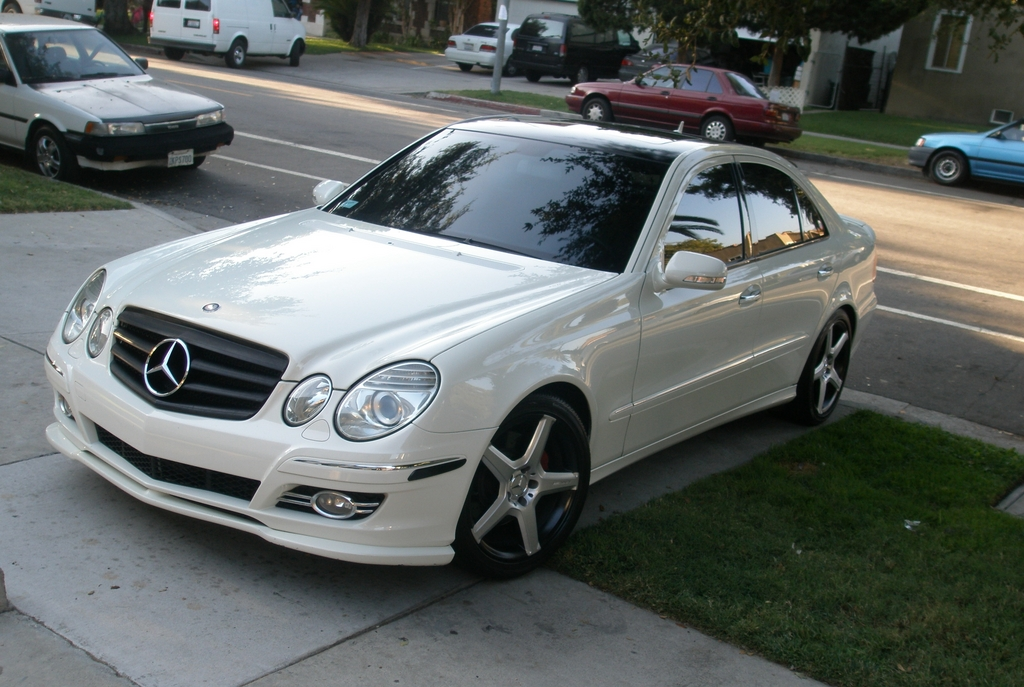 demkvan 2008 mercedes benz e class specs photos modification info at cardomain. Black Bedroom Furniture Sets. Home Design Ideas