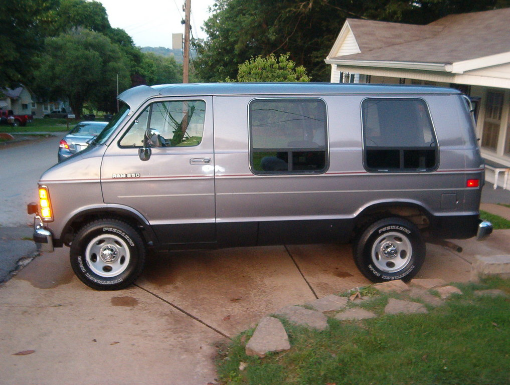 No1woodwizard 1993 Dodge Ram Van 150 Specs Photos