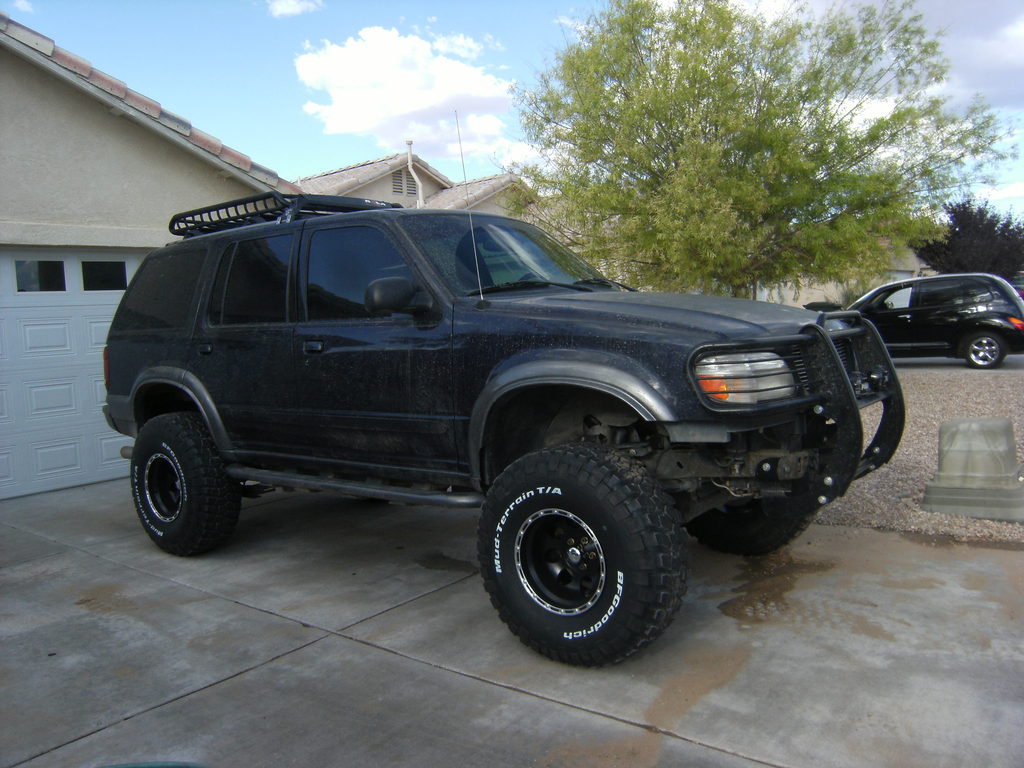 Thegaffney 2000 Ford Explorer Specs Photos Modification Info At