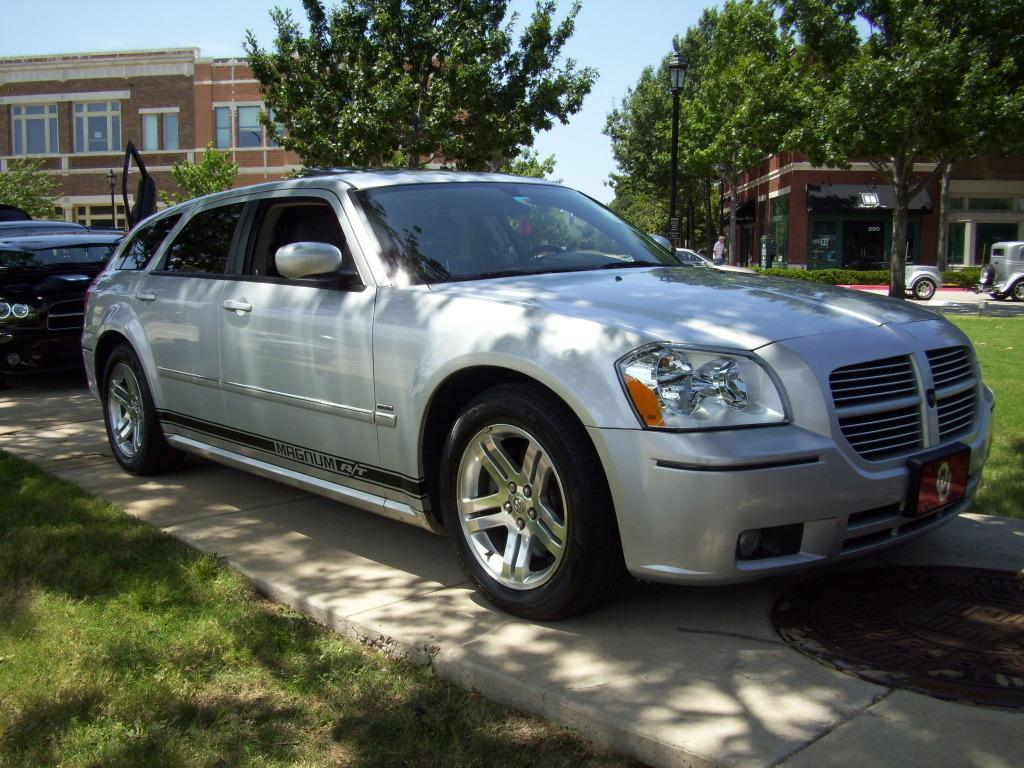 Another badnblue 2005 Dodge Magnum post... - 13412467
