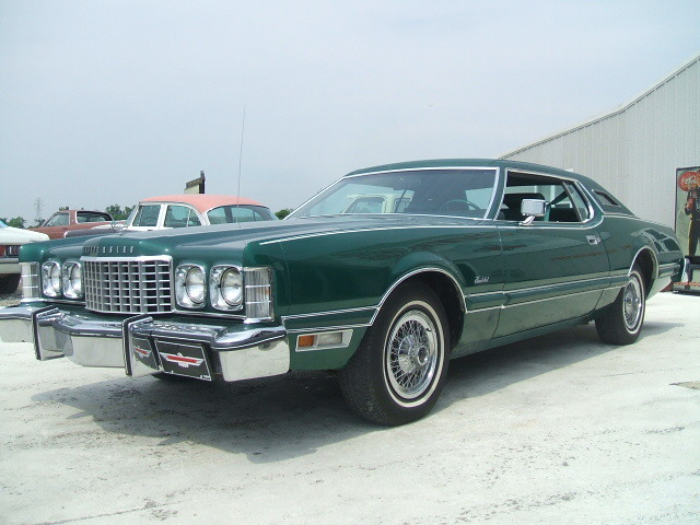 Another GrahamS53 1976 Ford Thunderbird post... - 13772841