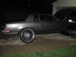 lilroy313 1987 Oldsmobile Cutlass Salon