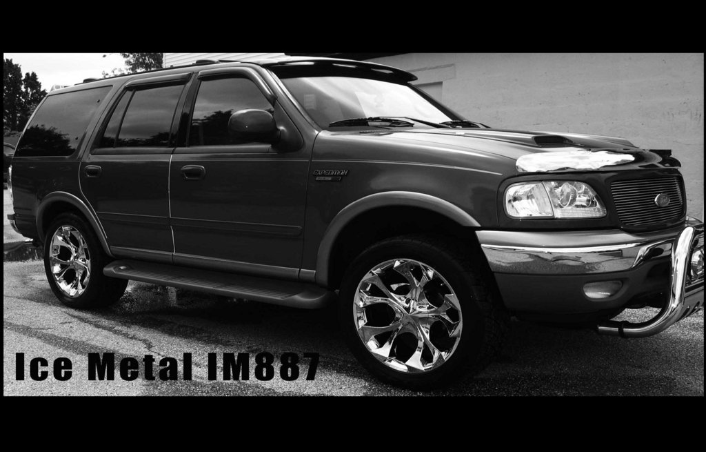 ATOAutosports 2002 Ford Expedition