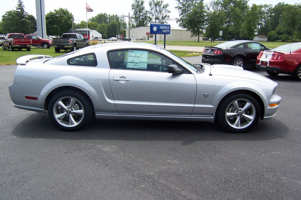 Another tlaw09mustang 2009 Ford Mustang post... - 13788824