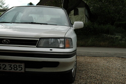 WhiteLegs 1992 Subaru Legacy