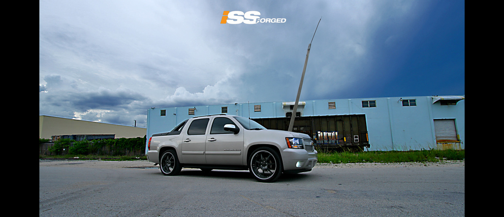 Another issforged 2008 Chevrolet Avalanche post... - 13797018