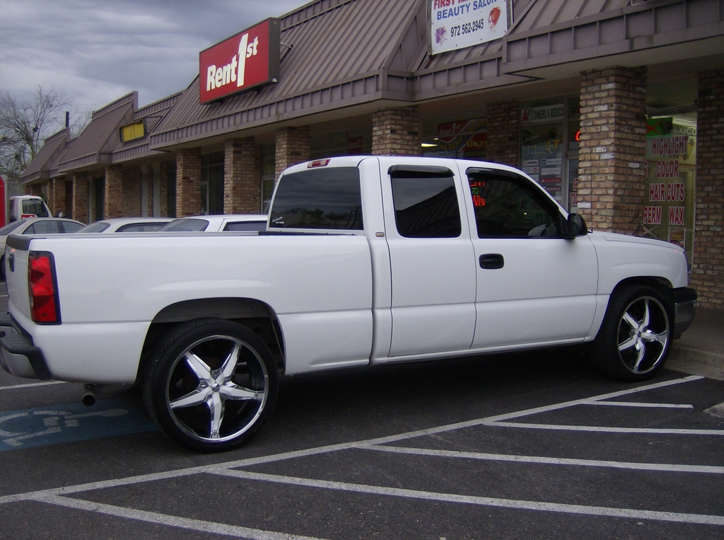 rolo972 2005 chevrolet silverado 1500 regular cab specs photos modification info at cardomain. Black Bedroom Furniture Sets. Home Design Ideas
