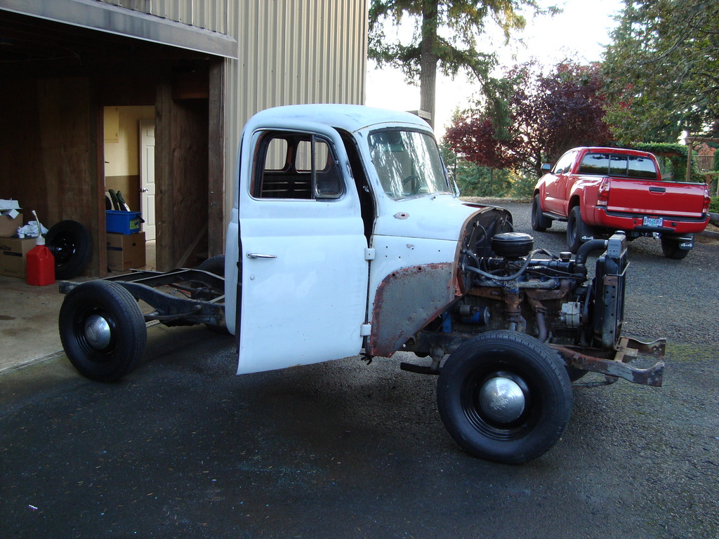 Another bmp595 1954 International Scout post... - 13799538