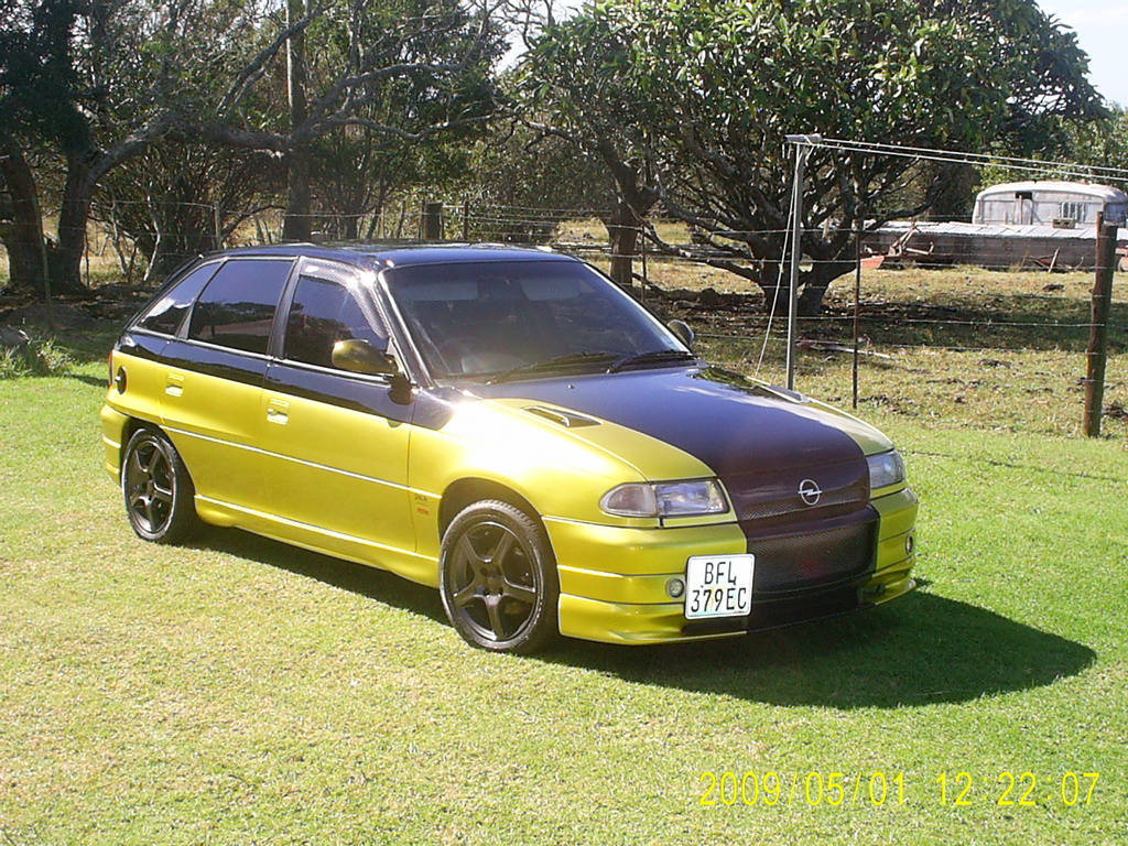andrewsa 1995 opel kadett specs photos modification info at cardomain. Black Bedroom Furniture Sets. Home Design Ideas