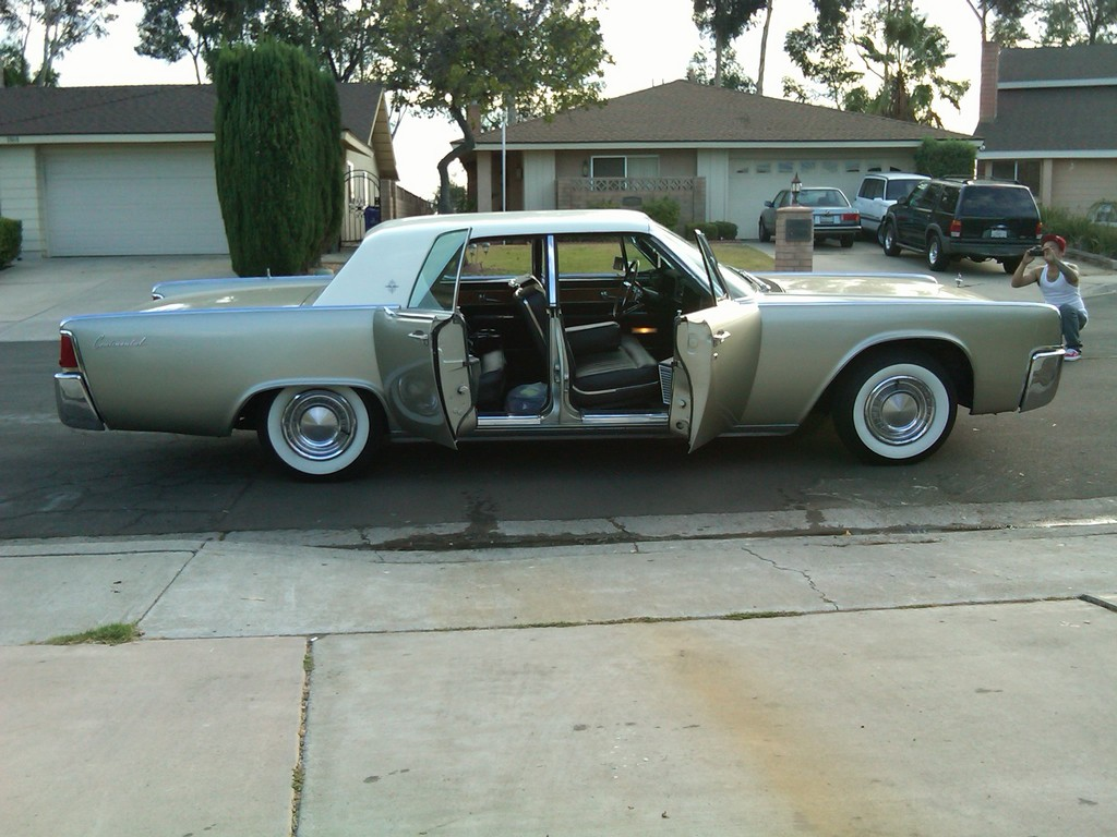 sampionLine 1962 Lincoln Continental 13808575