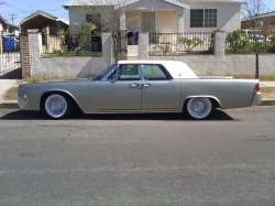 sampionLines 1962 Lincoln Continental
